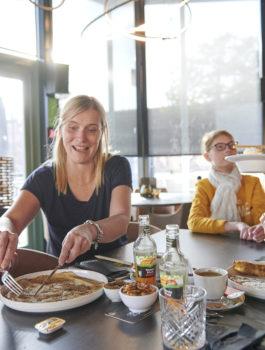 Pannenkoeken eten in het Koerskaffee in Roeselare